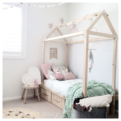 Wood Canopy Bed Frame 7 creative and sweet girl s rooms petit amp small