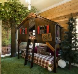 Bunk Bed Tree House Decorating A Vacation Home With Creatively Themed Rooms Hooked On Houses