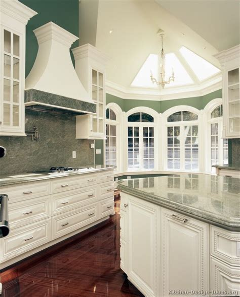 Upscale Kitchen Cabinets by Luxury Kitchen Design Ideas And Pictures