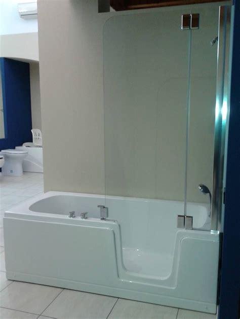 vasca con doccia vasca doccia con porta duo comfort bagnosereno it