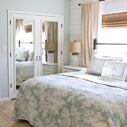 Closet Doors Master Bedroom master bedroom re do update mirrored closet doors the