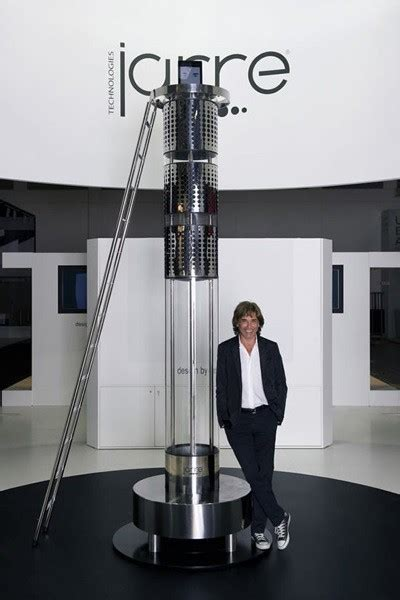 worlds tallest ipod dock   feet tall costs