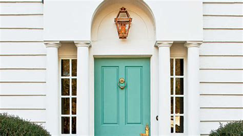 exterior paint indoors choosing exterior paint colors southern living