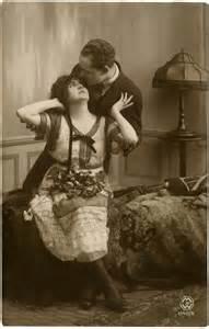 Old Photo Romantic Couple   Cute!   The Graphics Fairy