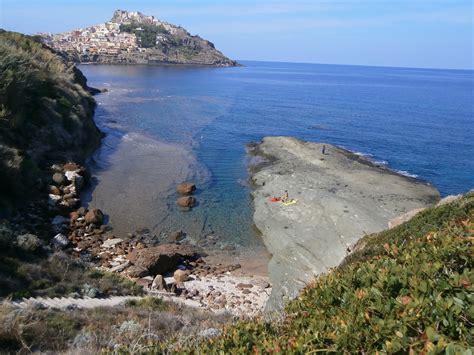 appartamenti sardegna nave gratis appartamenti domus castelsardo sul mare sardegna avitur