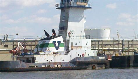 tug boat operating costs worlds largest tug and barge the hull truth boating