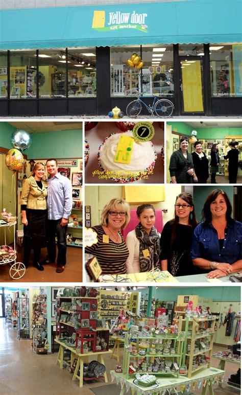 mini lemon cupcakes creative gift ideas news at
