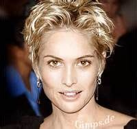 wedge haircut for older women wedge short hairstyles for older women bing images more