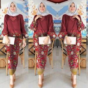 Rok Span Prada Maroon by Setelan Baju Kebaya Dan Rok Motif Batik Muslim Panjang