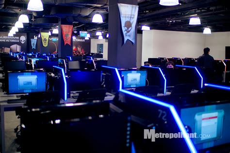 layout de un cyber cafe 2nd alienware cyber caf 233 opens at lucky chinatown