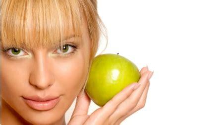 Vitamin Rambut Kulit Dan Kuku 3 In 1 Eceran ini makanan terbaik untuk kecantikan anda