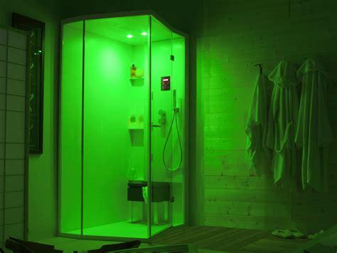 colonna doccia cromoterapia box doccia angolare con porte a battente per cromoterapia
