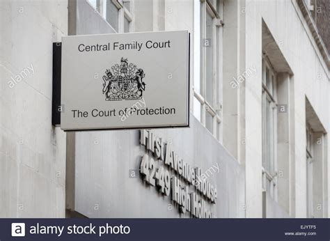 family court house central family court first avenue house london uk stock photo royalty free image