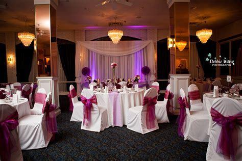 Calgary Wedding Photographer: Carriage House Inn Wedding