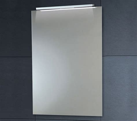 phoenix led mirror with demister pad 500mm x 700mm mi012 phoenix down lighter mirror with demister pad 500 x 700mm