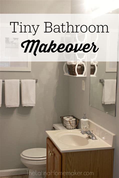Tiny Bathroom Makeover by Tiny Bathroom Makeover Audidatlevante