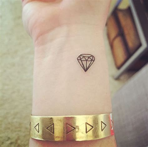 small diamond tattoos best 25 small ideas on