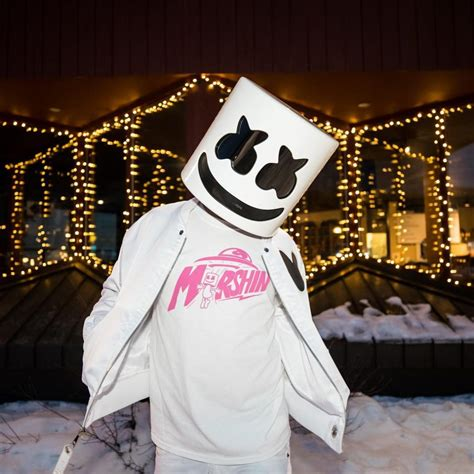 Jaket Sweater Marshmello 09 marshmello partners with zumiez to launch his own clothing line