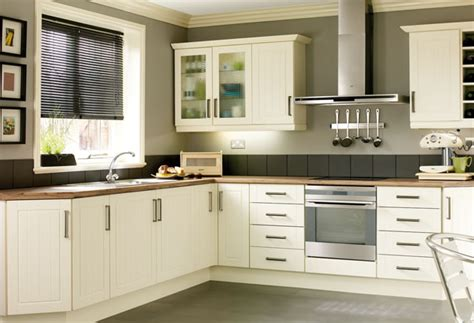 kitchen pic hline timeless classic traditional kitchens