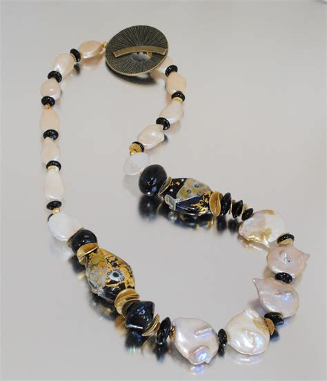 Kalung Barouqe black and gold leaf handmade glass bead necklace with baroque pearls jewelry journal