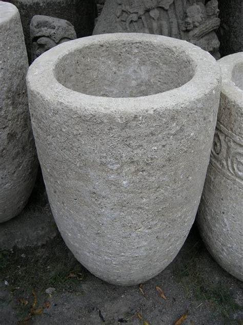 costruire vasi in cemento fioriere da giardino fioriere