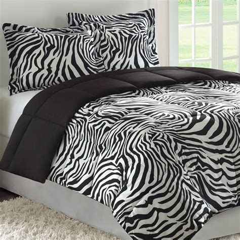 animal print bedroom animal print bedding can look amazing in a bedroom