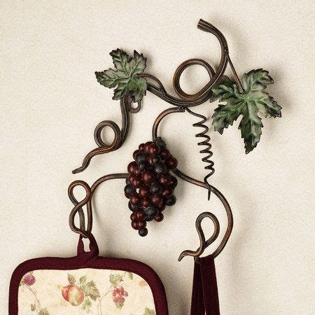 grapes and vines kitchen decor decor on top on kitchen 159 best wine and grapes theme images on pinterest