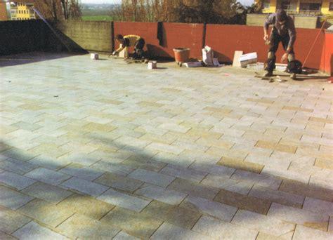 pavimentazione terrazzi impermeabilizzazioni terrazzi con pavimenti e in pvc