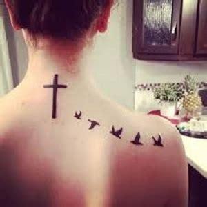 tattoo croce con ali significato tatuaggio croce 3 passionetattoo