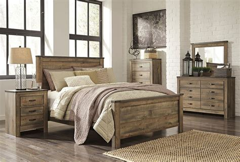 ashley queen bedroom set ashley trinell queen rustic 6 piece bed set furniture b446
