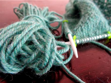 Kuas 2 Ultra knitting up a designing in the works