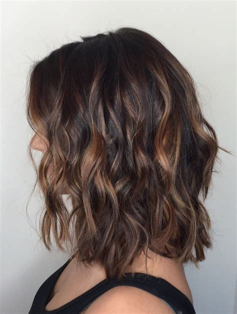 dark brown highlited bob sexy haircuts 25 best ideas about brunette caramel highlights on