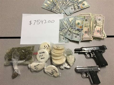 Sapd Warrant Search Seize Guns Drugs And 7 5k In From Alleged Members At East Side Home