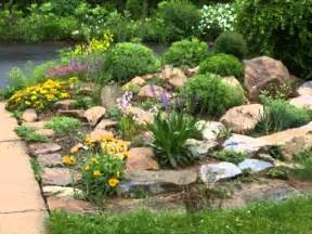 Small Rock Garden Rockery Designs