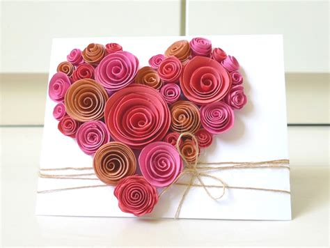 Paper Flowers For Card - inspiring paper quilling projects to try