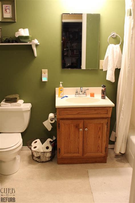 Tiny Bathroom Makeover by 15 Pictures From An Amazing Tiny Bathroom Makeover