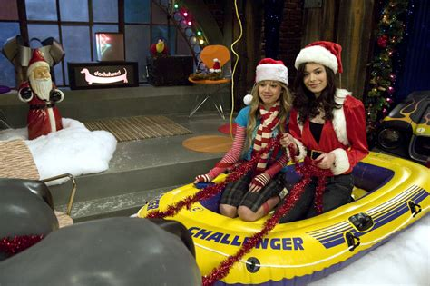 ichristmas icarly photo 33276025 fanpop