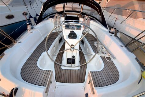 bavaria  cruiser navigo boats yachts yachting