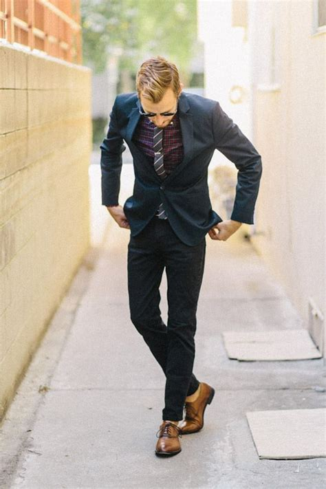 oxford shoes with suit slim cut navy suit going no socks brown oxford shoes