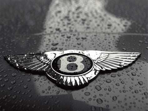 bentley logo black and white bentley says quot no thank you quot to diesel engines automotorblog