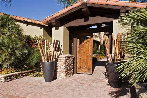 stucco on this desert adobe is painted pratt lambert boomtown white cl110 exterior home