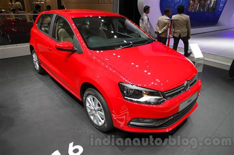 volkswagen polo 2016 red 2016 vw polo 2016 vw cross polo auto expo 2016 live