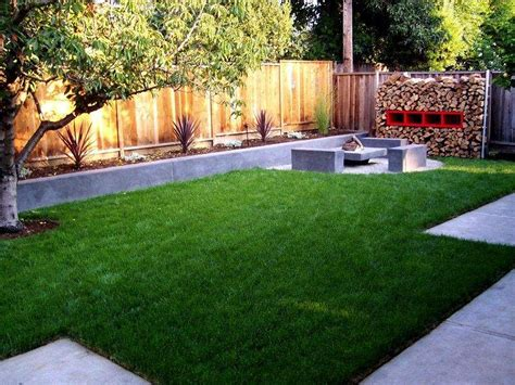 modern small backyard landscaping ideas for small backyards backyard on a budget