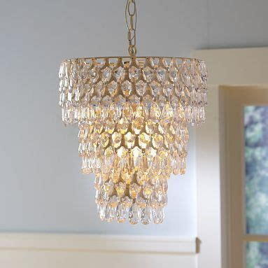 Tween Chandelier 25 Best Ideas About Pottery Barn Lighting On Pinterest Pottery Barn Chandelier Pottery Barn