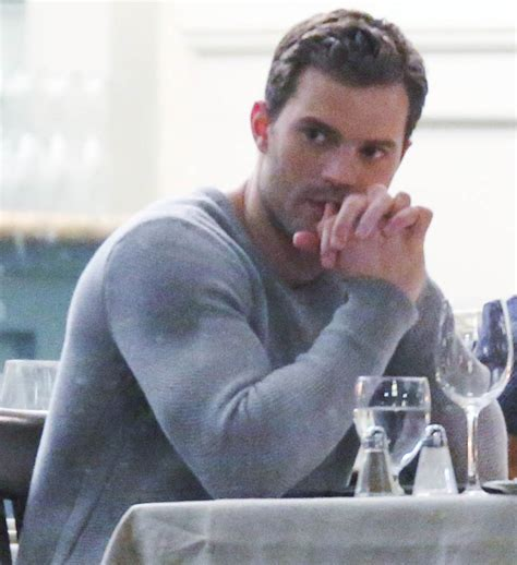 Fifty Shades Darker Film Jamie Dornan | jamie dornan in grey on the set of fifty shades darker in