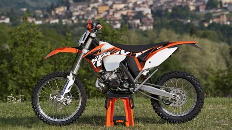 Ktm 200 Exc Review 2013 Ktm 200 Exc Picture 492324 Motorcycle Review