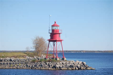 Harbor Light Mi by Lighthouses Of Michigan Travel The Mitten