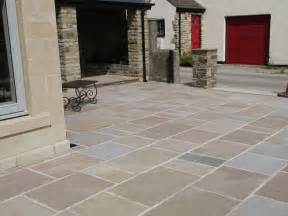indian sandstone patio paving slabs flags pavers
