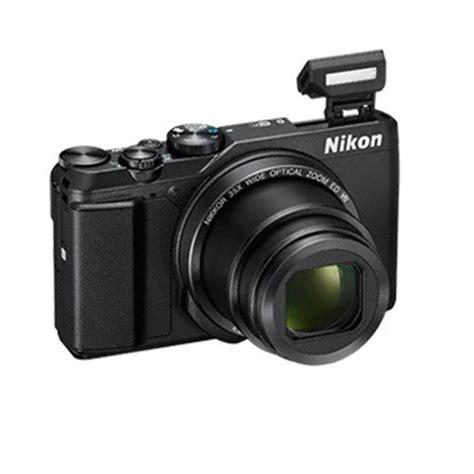 nikon coolpix  digital camera black