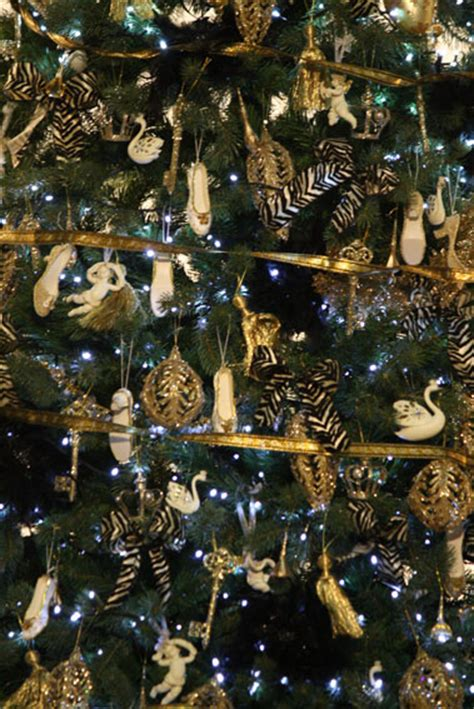 pictures of black and gold christmas tree tree hire black gold tree garland wreath hire